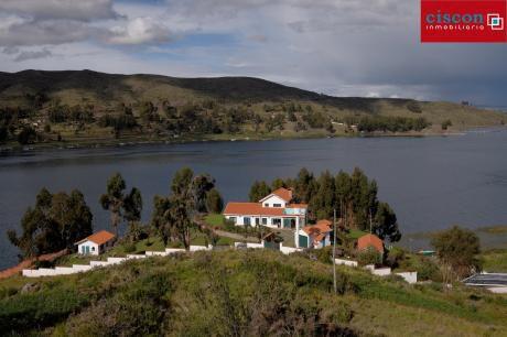 Hermosa Hacienda En Venta - La Paz / Tiquina