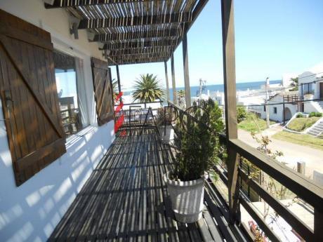 Casa En La Barra 3 Dormitorios Y Dependencia Con Piscina, Parrillero Y Cochera - Ref: 32718