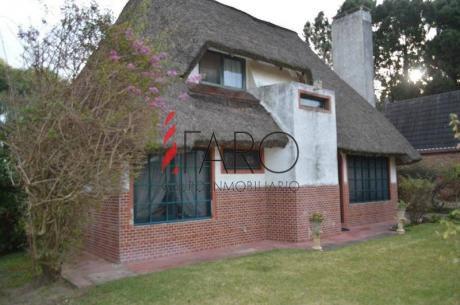 Muy Linda Casa En Pinares !  - Ref: 36140