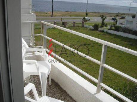 Apartamento En Pinares 3 Dormitorios 2 Baños Con Terraza