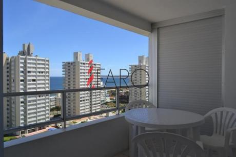 Apartamento En La Mansa 1 Y 1/2 Dormitorios Con Balcón Y Garage