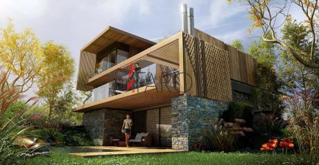 Casa En Complejo En Manantiales 4 Dormitorios