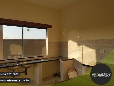 Casa En Alquiler – Urubo