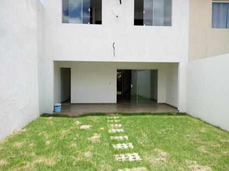Casa En Venta – Av Banzer
