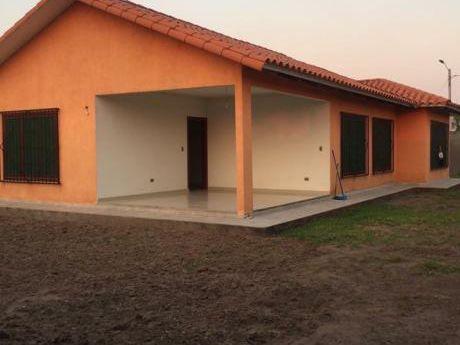 Casa Y Terreno Para Empresa