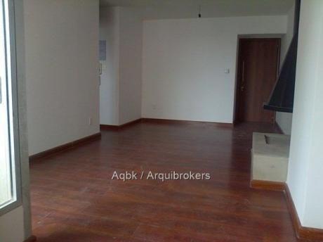 82474 - Apartamento De 2 Dormitorios En Venta En Parque Batlle