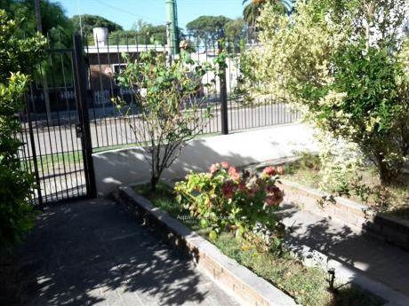 Oportunidad 2 Casas  De 2 Dormitorios En El Mismo Padron