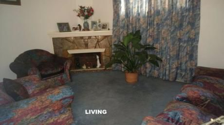 Alquiler Apartamento Estilo Casa, 3 Dormitorios. Pocitos Nuevo
