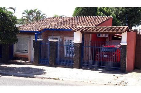 Alquilo Casa En El Barrio Mburucuyá