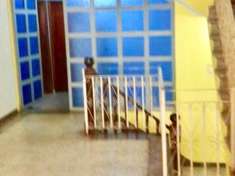 Alquilo Casa En El Km !!