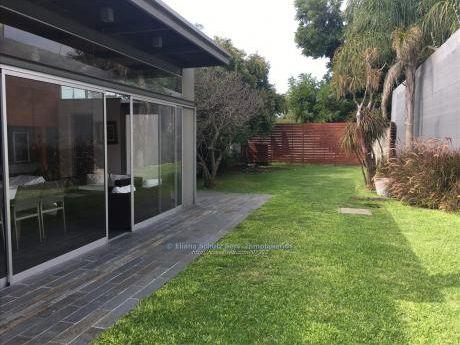 Venta Casa Pocitos 4 Dormitorios Jardin Garages