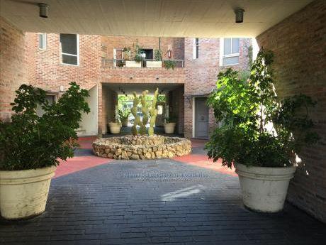 Alquiler Loft Duplex De 1 Dormitorio Pocitos Nuevo