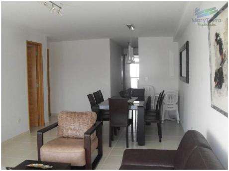 Apartamentos En Playa Mansa: Myt52a