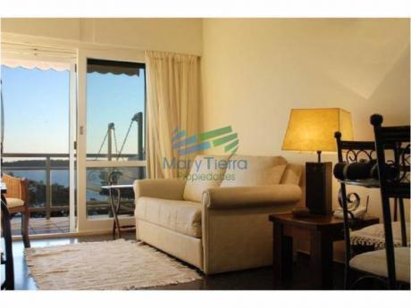 Apartamentos En Playa Mansa: Myt612a