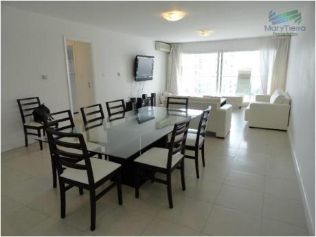 Apartamentos En Playa Brava: Myt7a