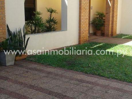 Casa Toda En Plant Baja Zona Shop Del Sol