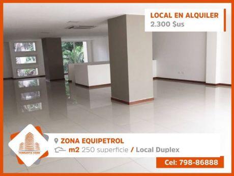 Zona Equipetrol A Tres Cuadras Del 2do Anillo Sobre Av. Principal.