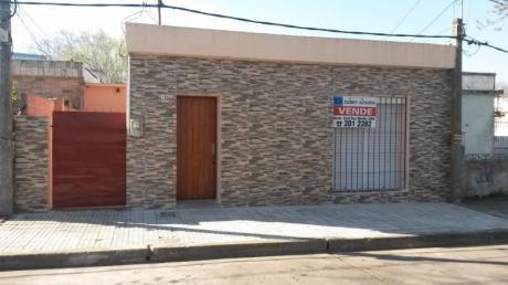 Casa De 2 Dorm,. Zona Prado Norte