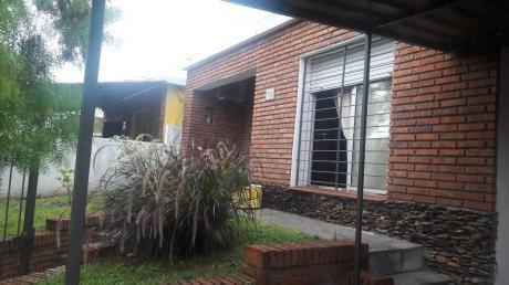 Linda Casa A Pocas Cuadras Del Centro