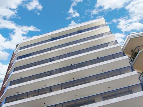 Apartamento Nuevo En Alquiler En Parque Rodo