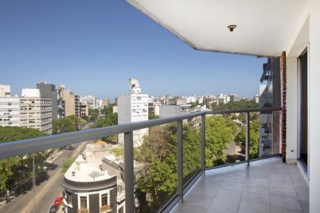 Apartamento Nuevo En Alquiler En Parque Rodo Con Opción A Garaje