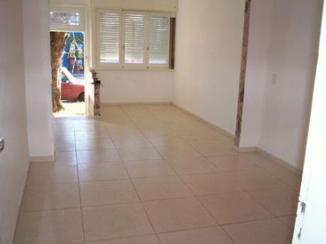 Reciclada, 2 Dormitorios, Patio 19m2, Ph Al Frente, Si Banco