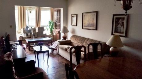 Venta Apartamento 2 Dorm De Excelente Contrucción