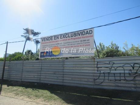 Terreno En Aidy Grill, Sobre Importante Avenida
