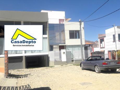 Casa En Venta, Achumani, Las Lomas, La Paz, Bolivia