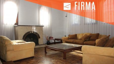 Fcv2545 – Casa En Venta, Achumani