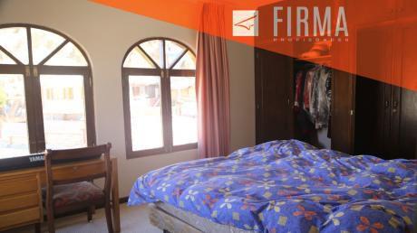 Fcv7686 – Casa En Venta, Achumani