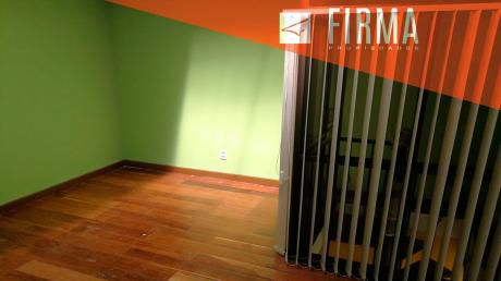 Fcv9754 – Casa En Venta, Irpavi II
