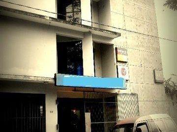 Edificio : Deposito + Oficina