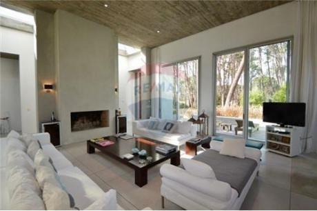 Alquiler Casa En Laguna Blanca Punta Del Este