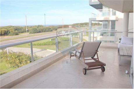Playa Brava Frente Al Mar,pde,dpto 4 Dormitorios