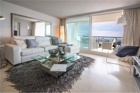 Apartamento En Alquiler Piso Alto Luxury Torre Yoo