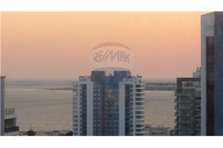 Penthouse Con Vista Al Mar Alquiler En Playa Brava