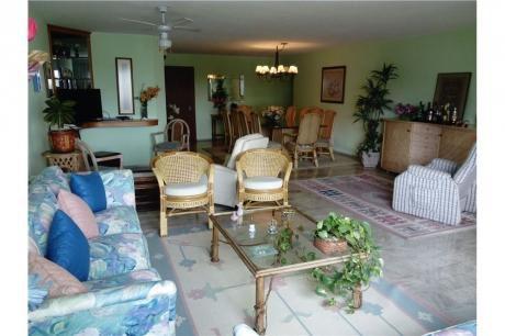 Alquiler Anual Apartamento 3 Dormitorios+servicio