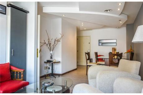 Apartamento,2 Dormitorios, 2 Baños C/definida Gge
