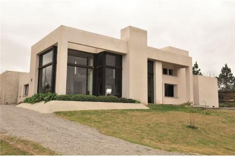 Casa De Diseño En Carmel