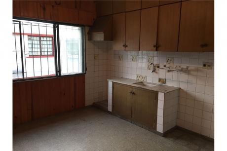 Funcional Apartamento Tipo Casa En Alquiler