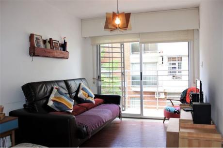 Moderno Apto De 2 Dormitorios En Muy Buen Punto.
