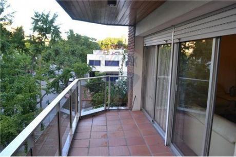 Venta Apartamento En Av Sarmiento