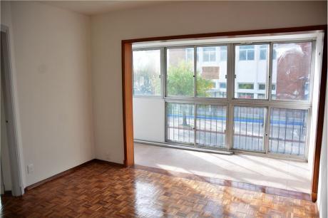 Se Alquila Apartamento 2 Dorm. Amplio Y Luminoso