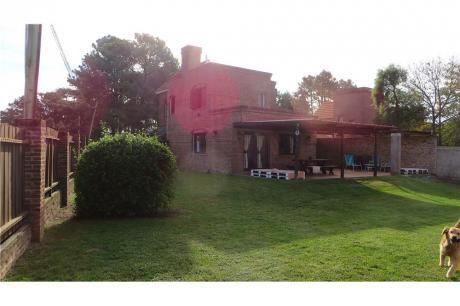 Excelente Casa, Impecable Estado En El Pinar