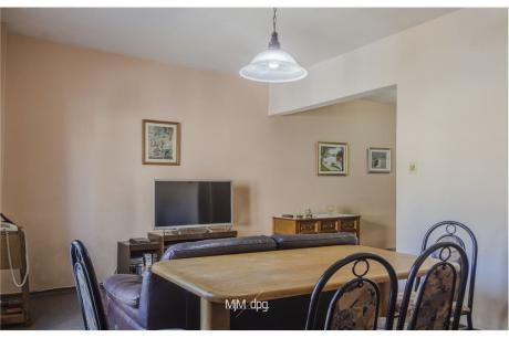 Apartamento De Dos Dormitorios En Aguada / Centro