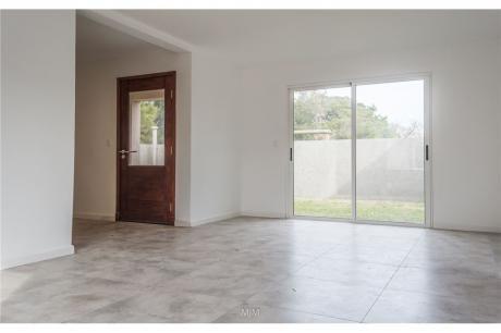 Compra Tu Casa A Estrenar 2 Dormitorios, Soñada!