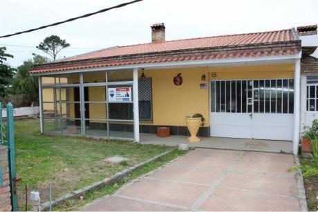 En Venta - Casa En Lomas De Solymar