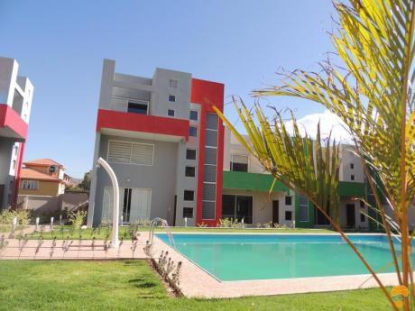 Hermosa Casa Minimalista Km 5 A Sacaba