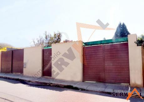 Vendo Casa Sobre 371 Metros, Inmediaciones Avenida Melchor Y  Simon Lopez